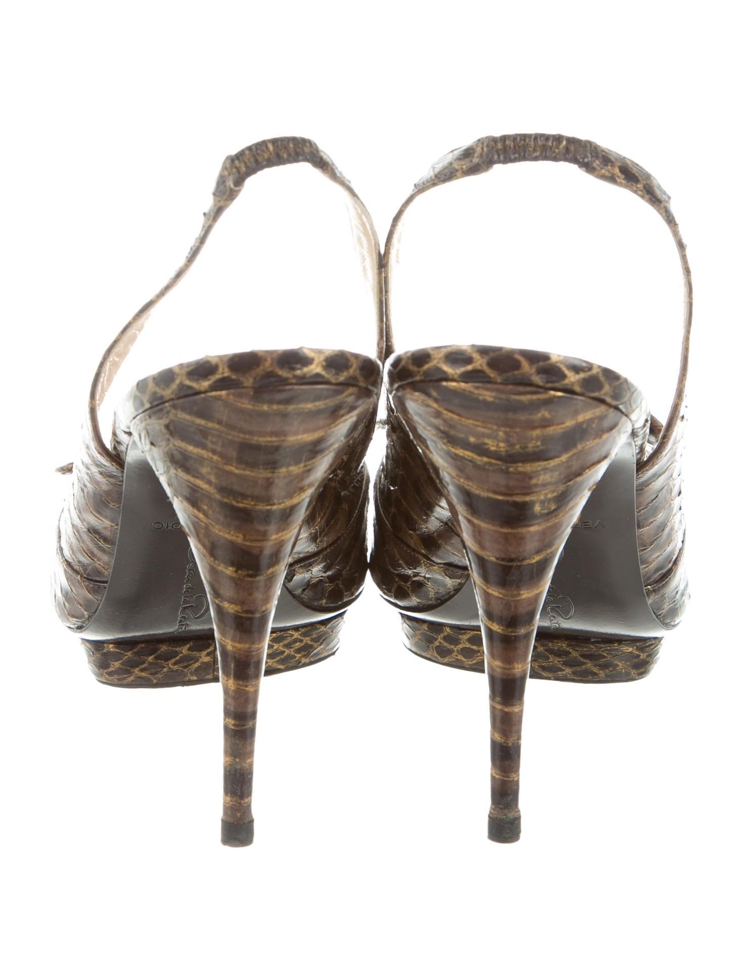Oscar de la renta python bow pumps shoes osc61069 for Oscar de la renta candles