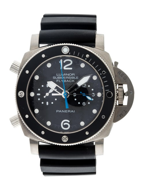 Panerai Luminor Submersible Watch black