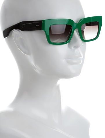 Logo-Embellished Tinted Sunglasses