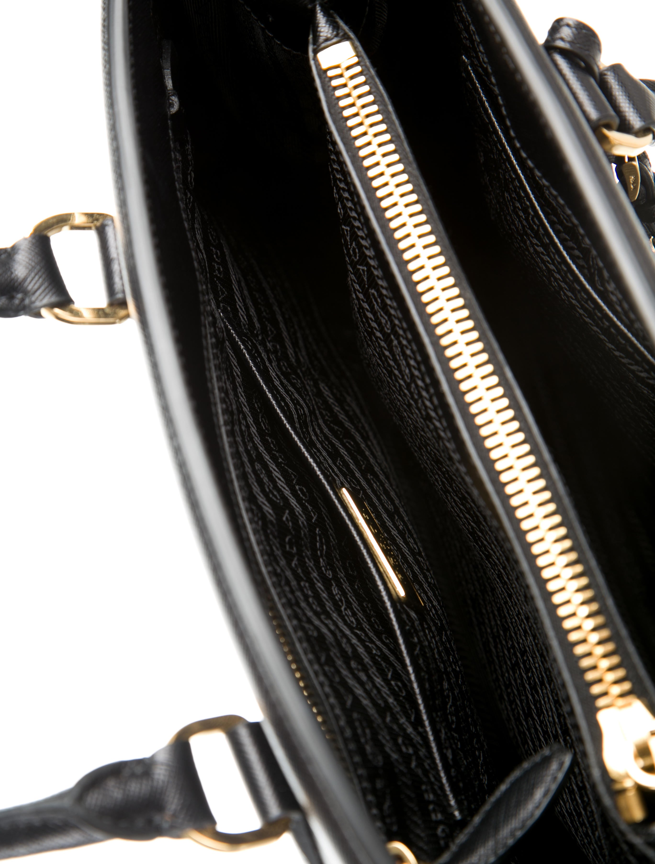 Prada bags saffiano parabole