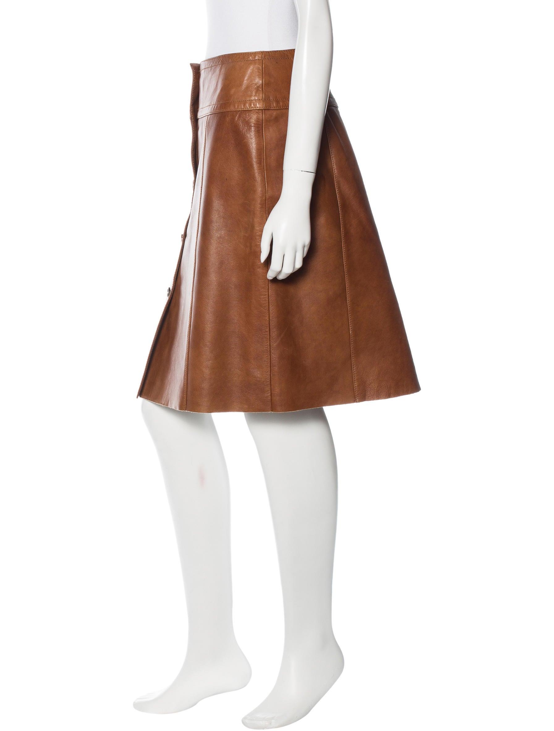 prada leather knee length skirt clothing pra116410