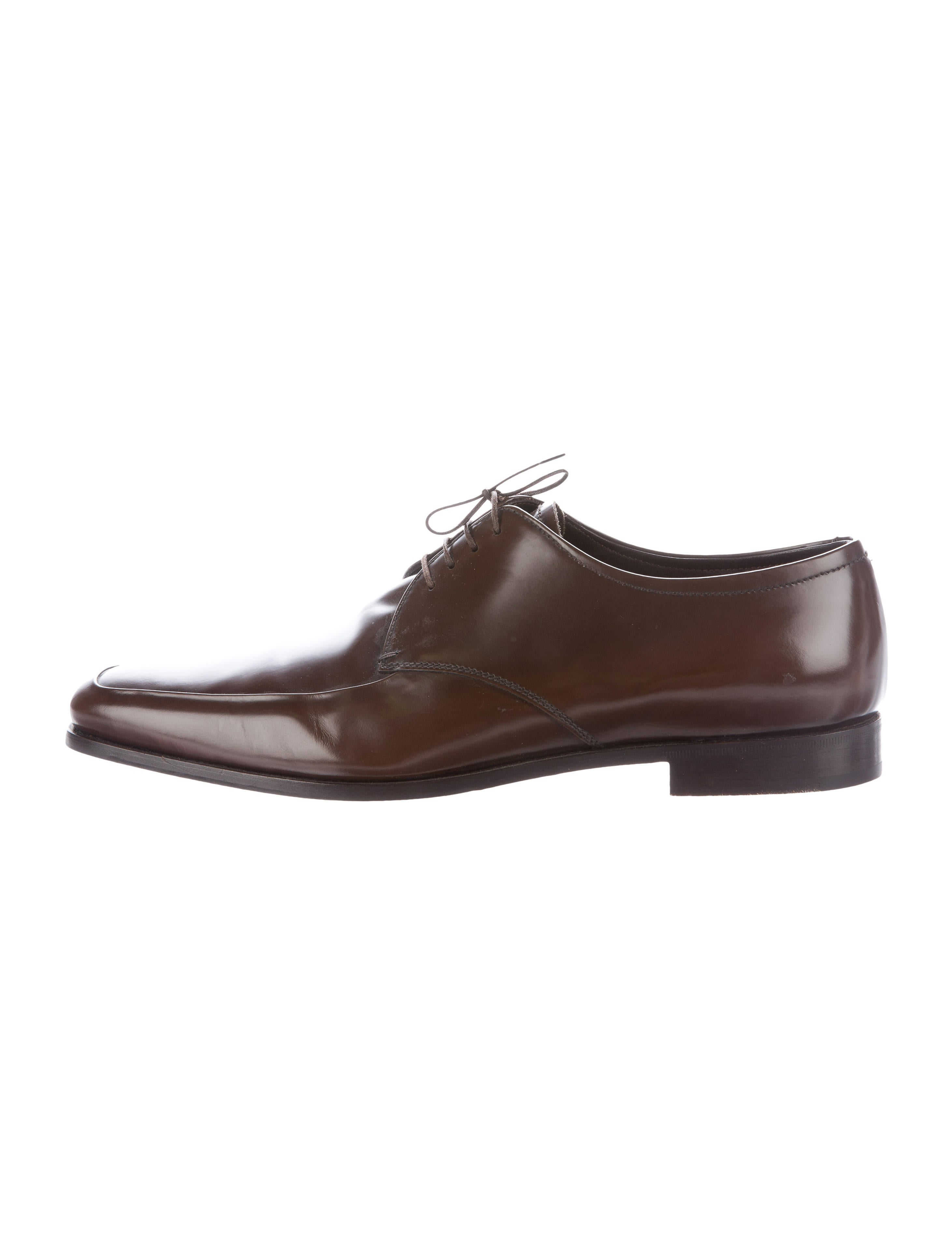 prada leather derby shoes shoes pra117391 the realreal
