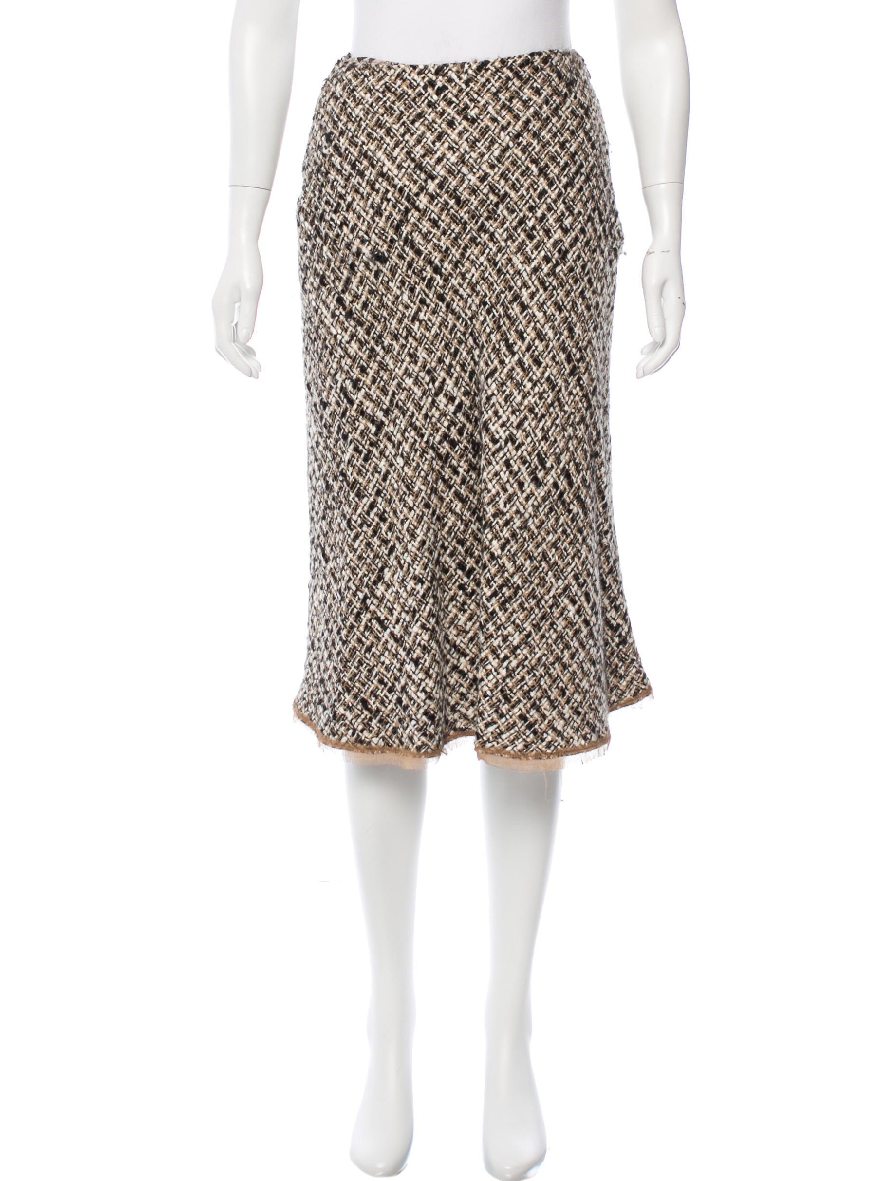 prada tweed midi skirt clothing pra120237 the realreal