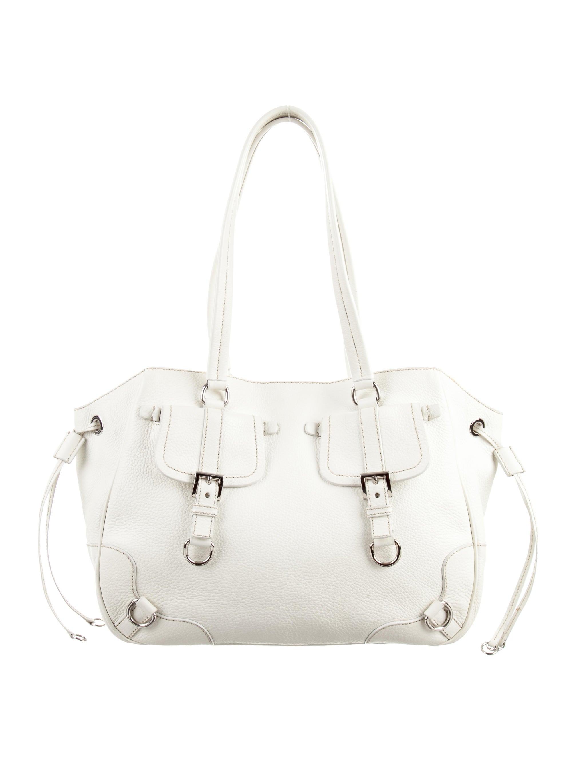 f565e9cd15ef Prada Vitello Daino Tote - Handbags - PRA129302
