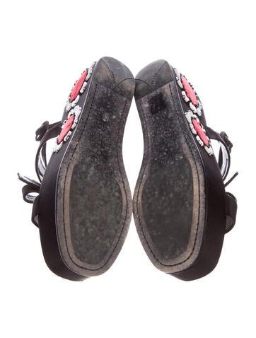 Floral Flatform Sandals