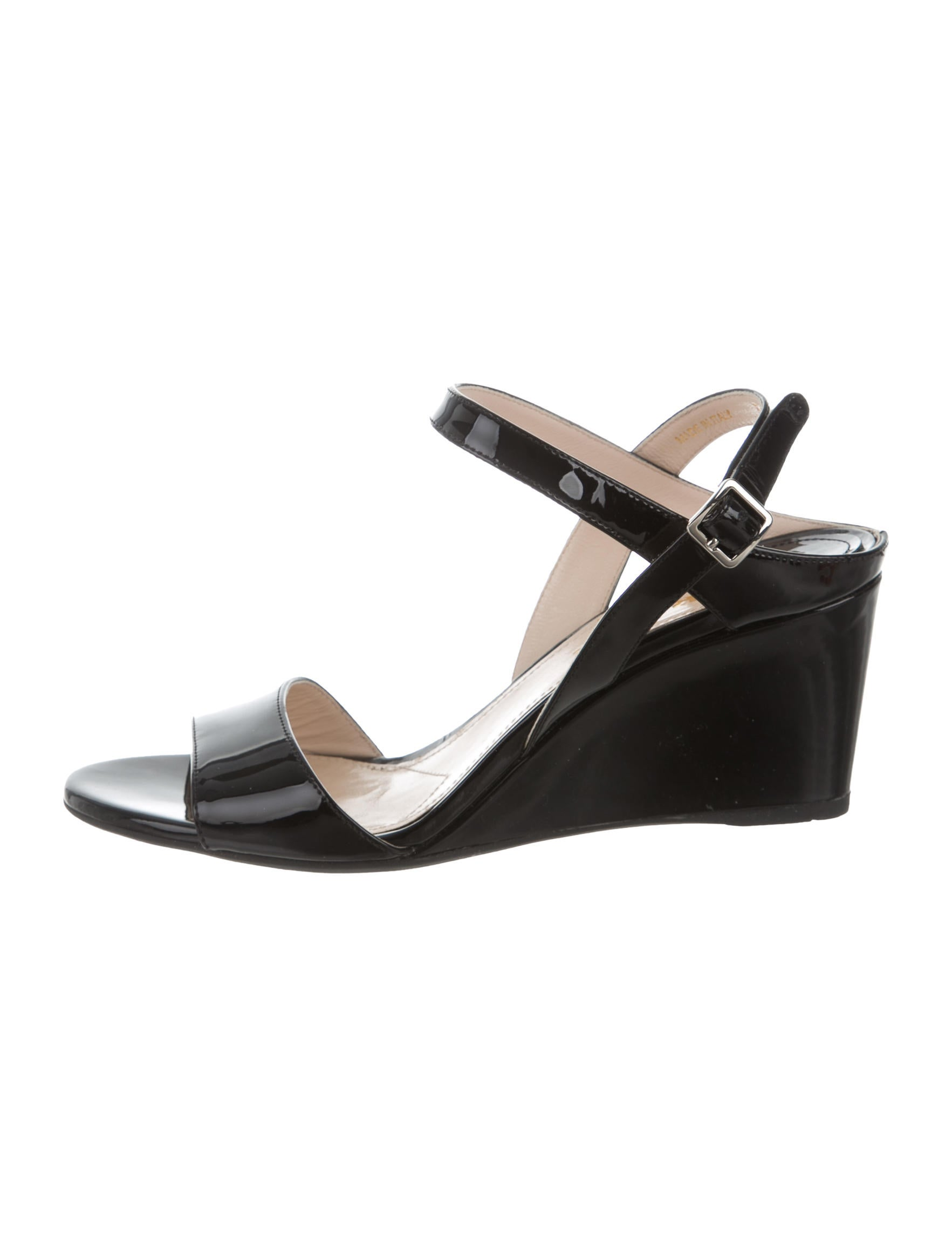 prada patent leather wedge sandals shoes pra133271