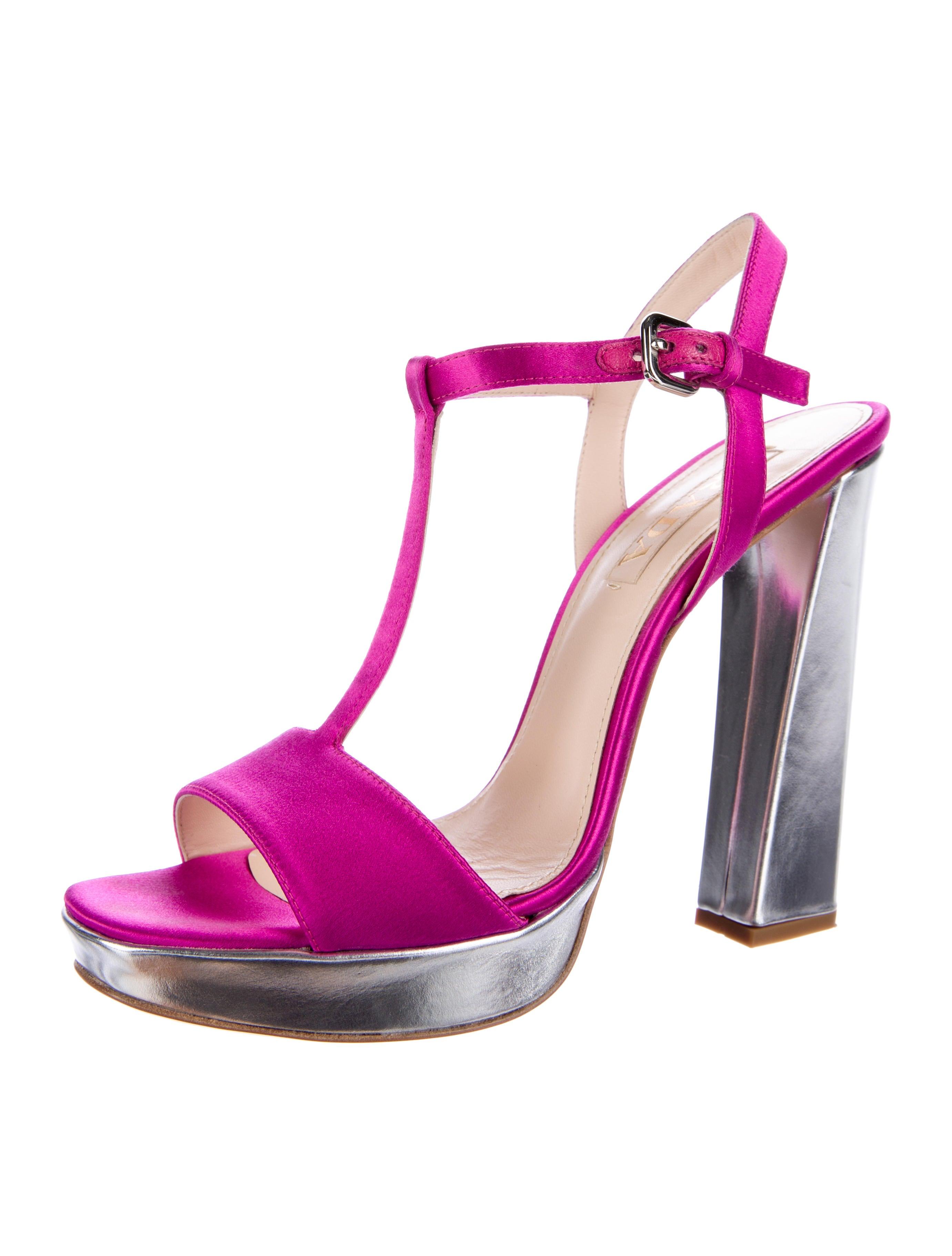 Perfect Prada Leather Platform Sandals  Shoes  PRA133111  The RealReal