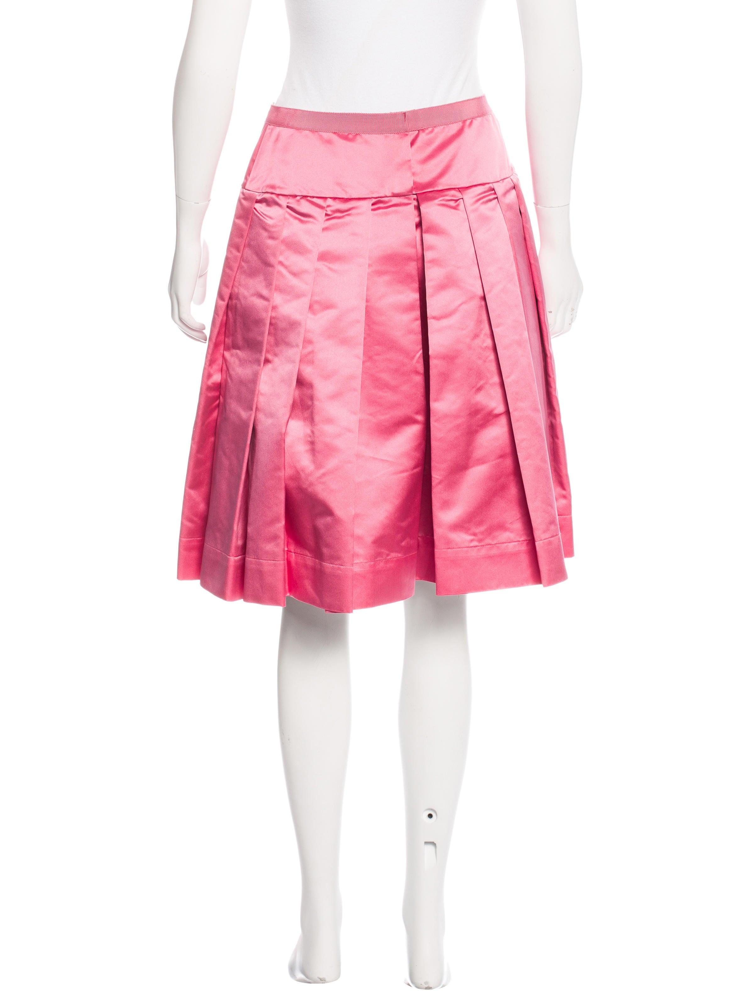 prada silk pleated skirt clothing pra135267 the realreal