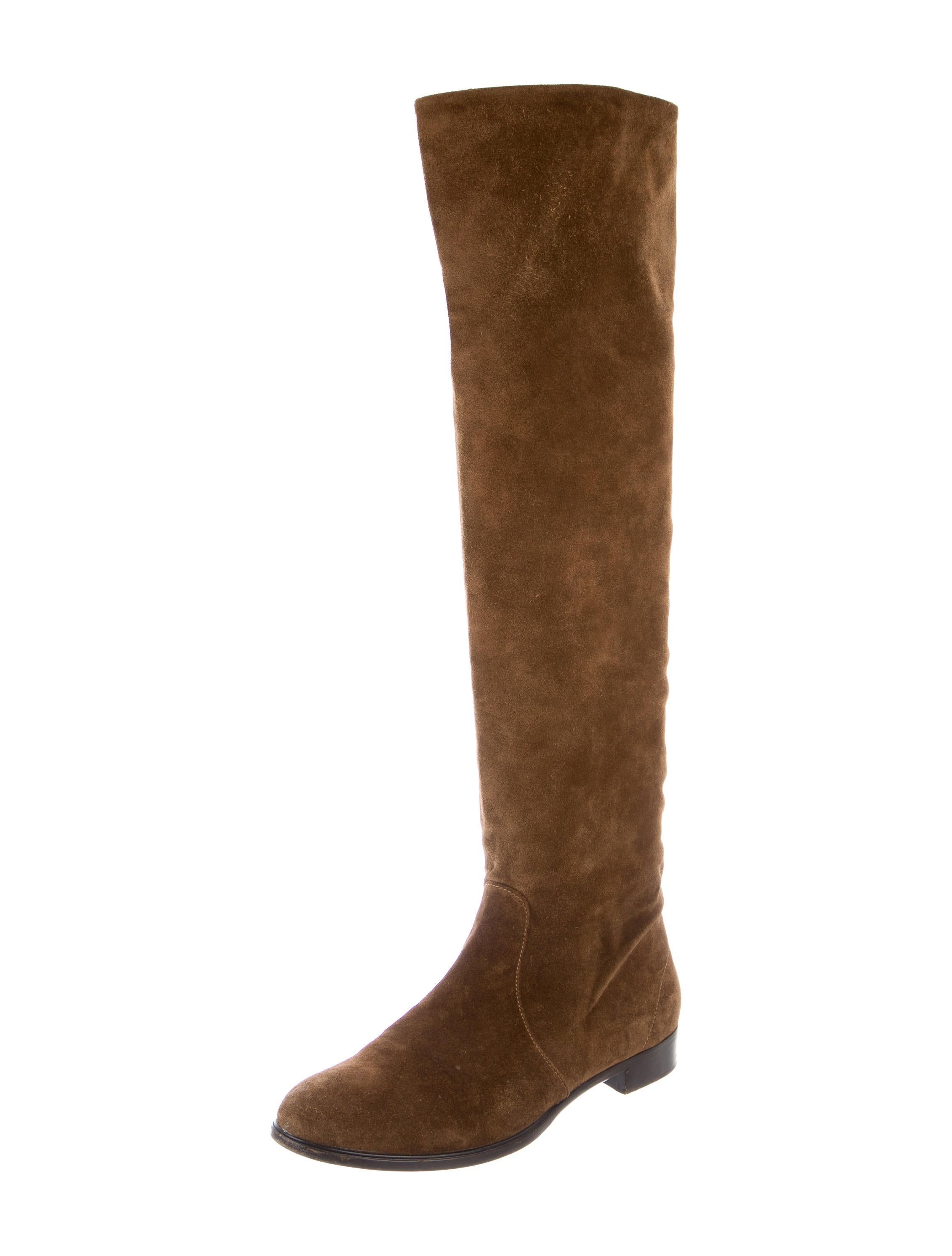 Find suede knee high boots at ShopStyle. Shop the latest collection of suede knee high boots from the most popular stores - all in one place.