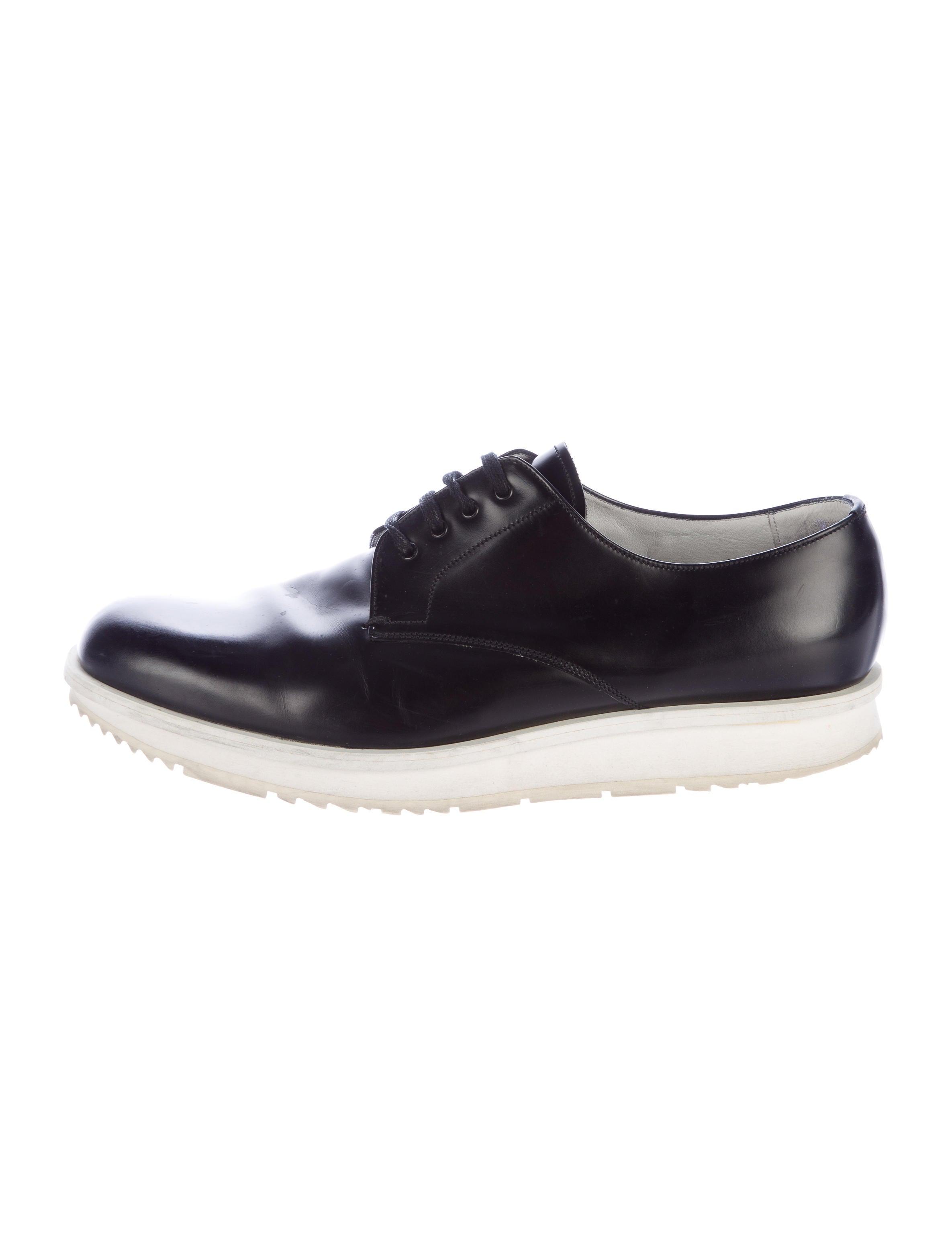 prada platform derby shoes shoes pra145058 the realreal