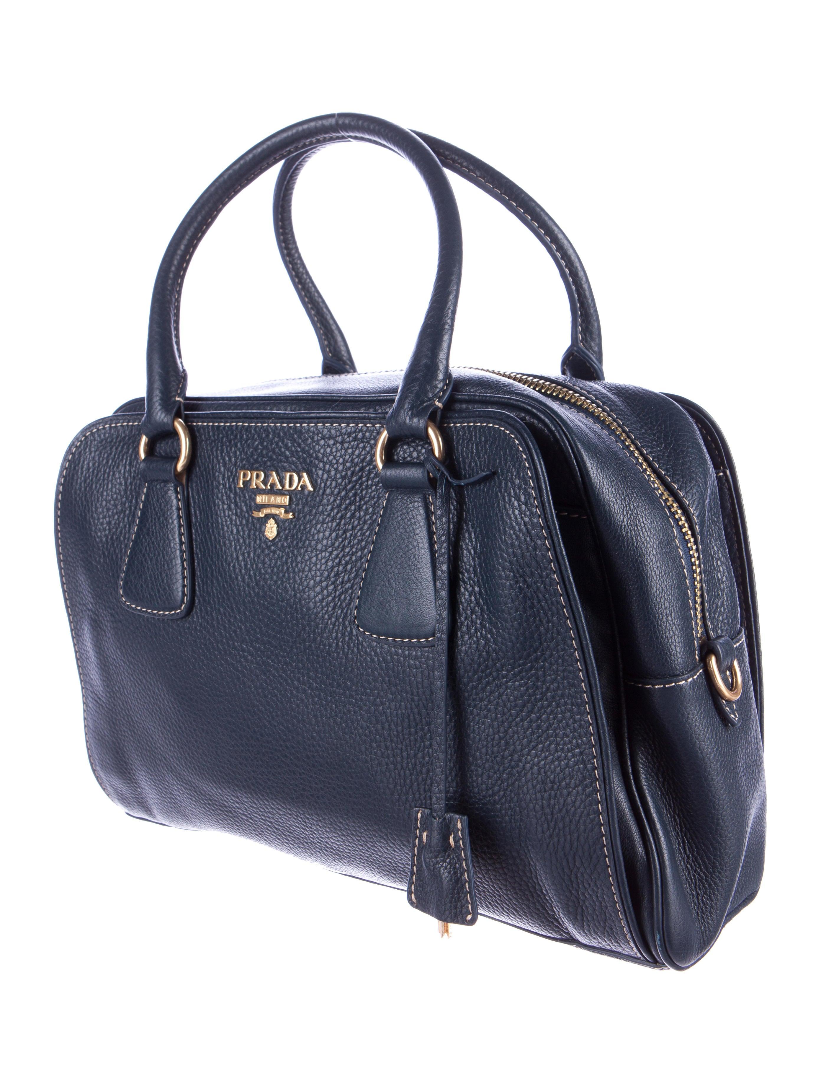 prada vitello daino tote handbags pra146666 the realreal