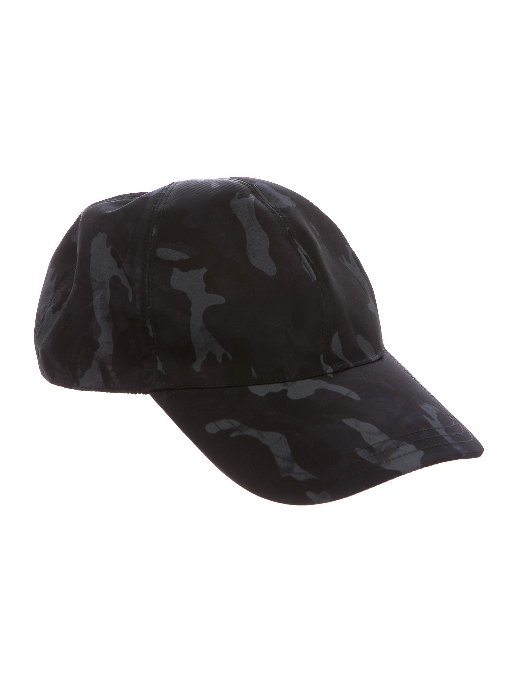 Prada Camouflage Nylon Hat w  Tags - Accessories - PRA157898  f1e6baecc385