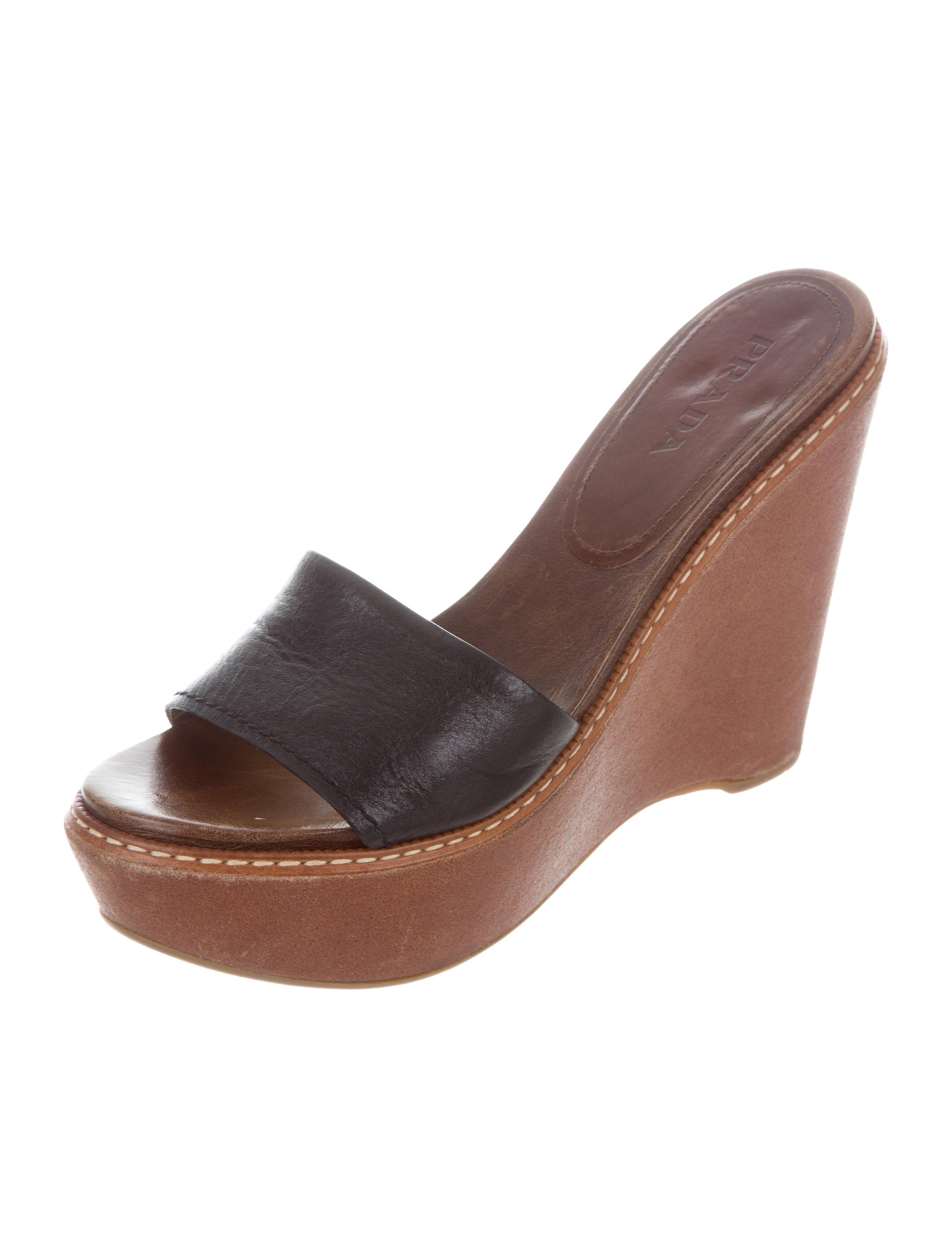 prada platform slide wedges shoes pra162868 the realreal