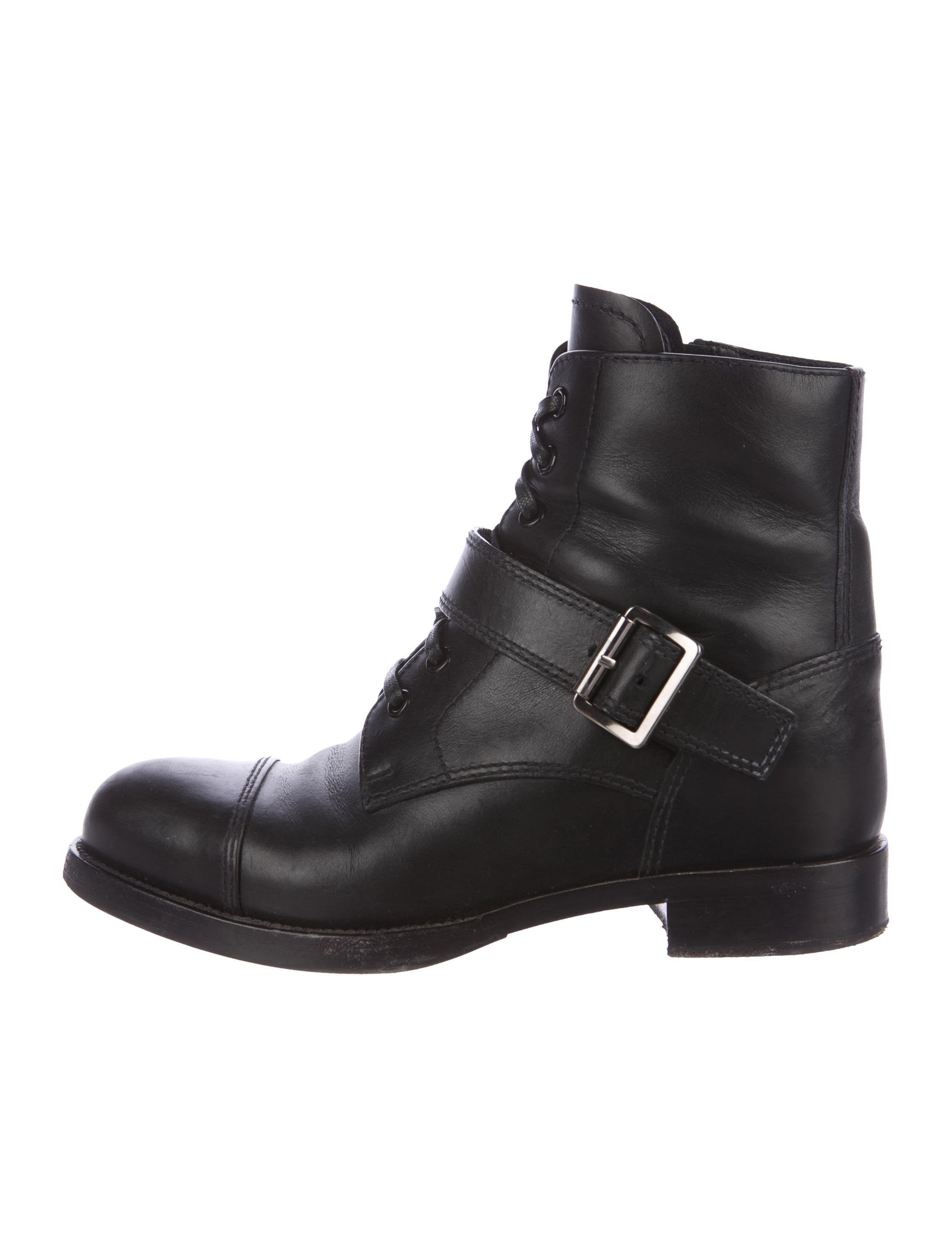 Free shipping and returns on Women's Lace Up Booties & Ankle Boots at tanahlot.tk