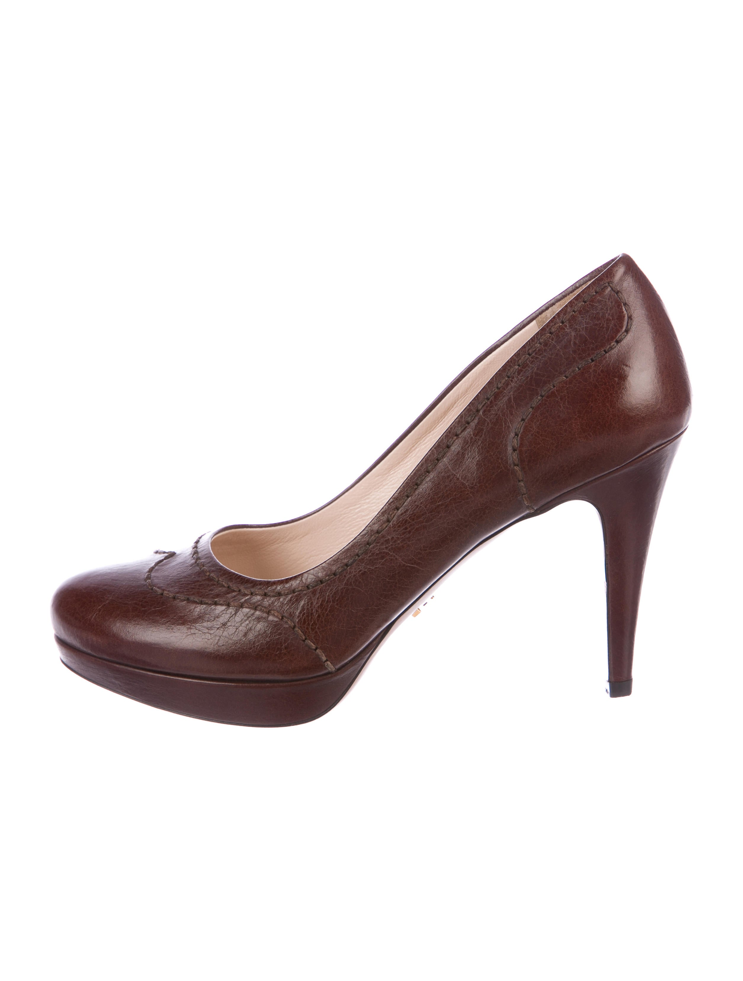 Prada Leather Wingtip Pumps footlocker pictures cheap online clearance top quality free shipping very cheap free shipping largest supplier discount visit new FIL5Qm6tC