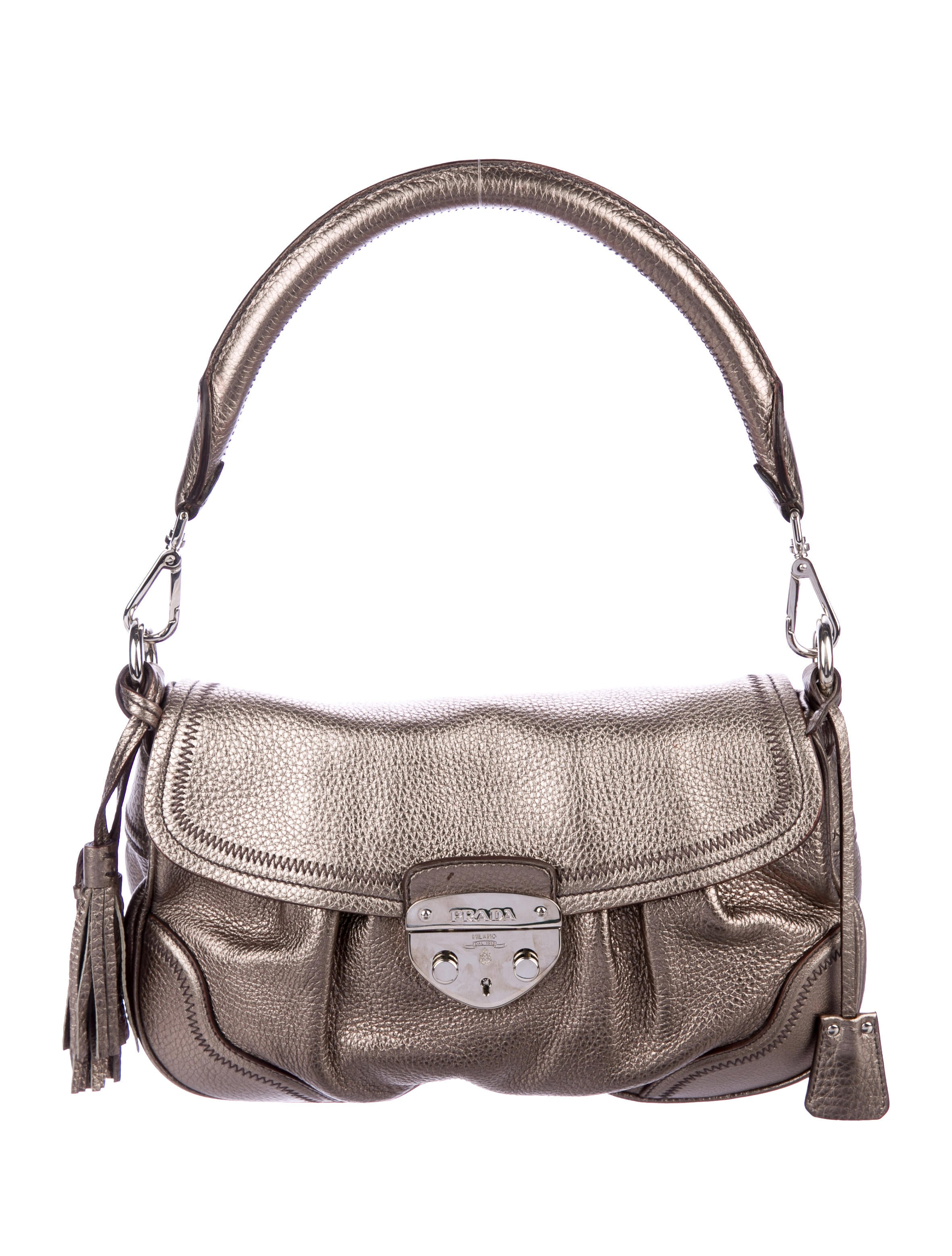 dc53e47f8621 Prada Vitello Daino Hobo - Handbags - PRA210005