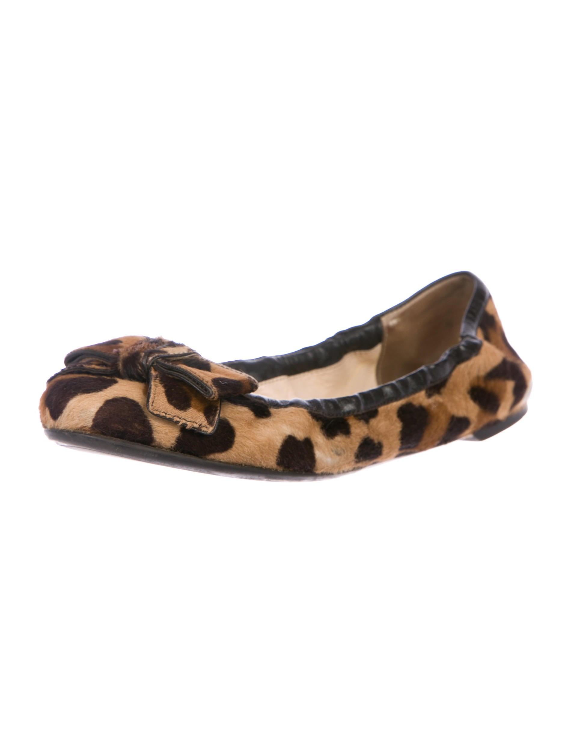 Prada Ponyhair Round Round Ponyhair Toe Flats Schuhes PRA220921   The RealReal a81b95