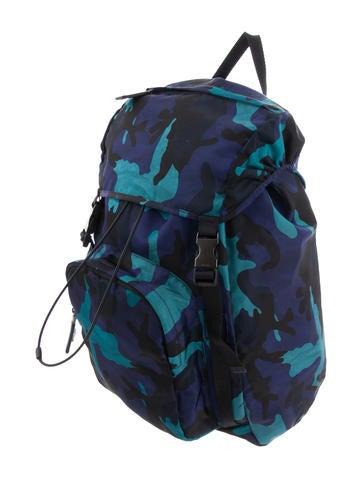 e76e2eaf6b1611 Prada. Camouflage Tessuto Backpack