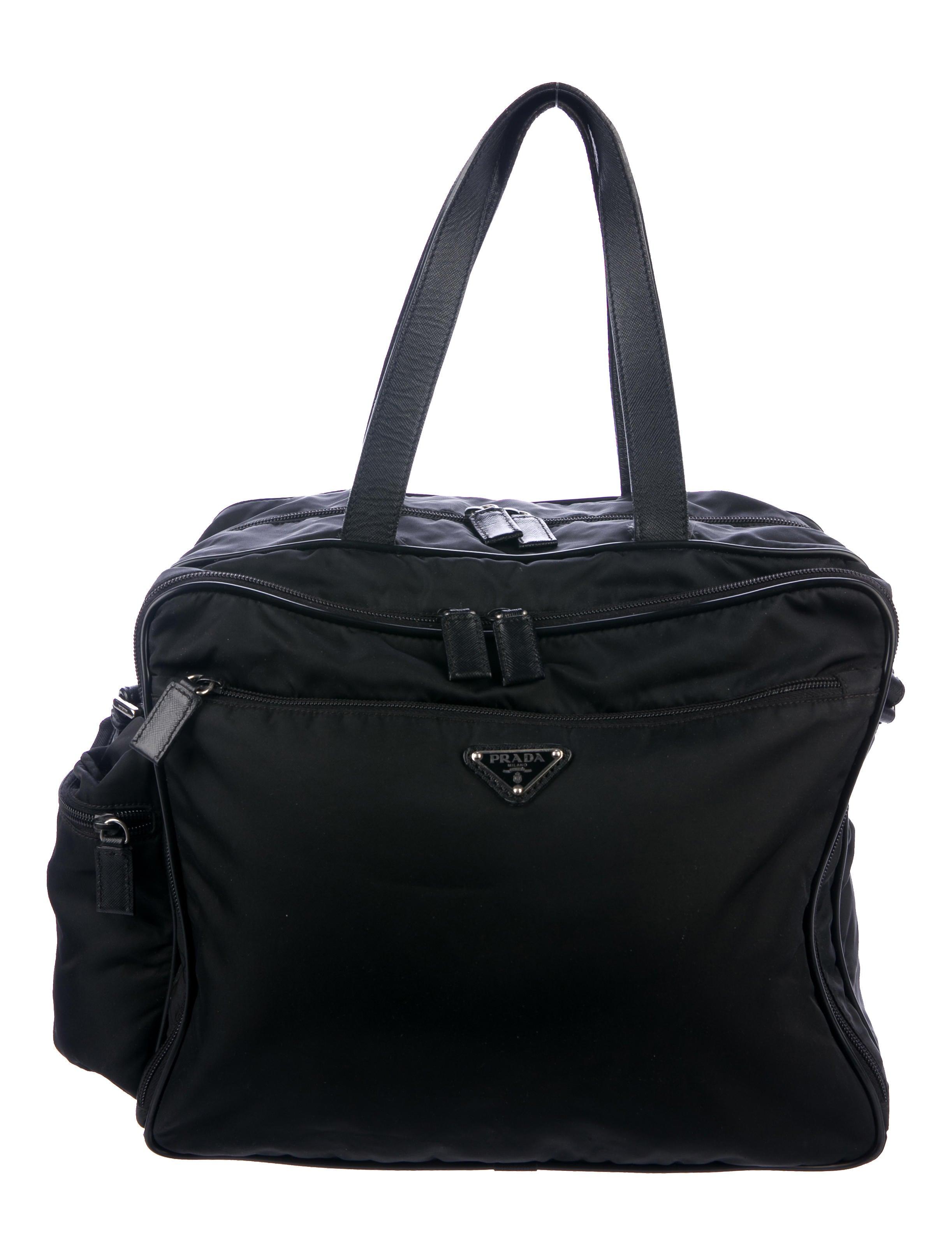 Prada Handbags  510771b8e2355