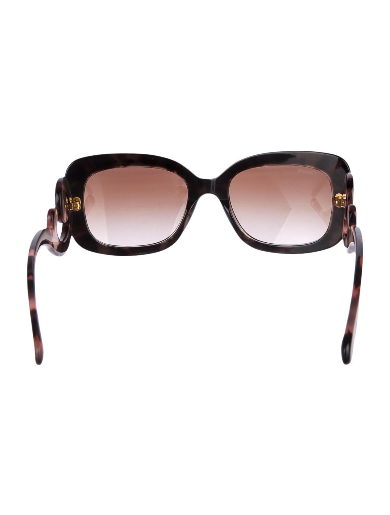 8cbfb30599d Prada Sunglasses Case Indiana