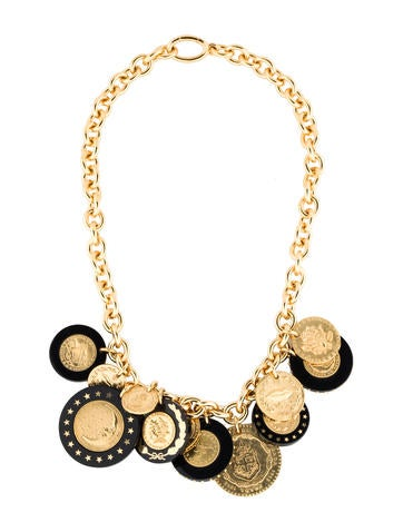 Resin Medallion Chain Necklace