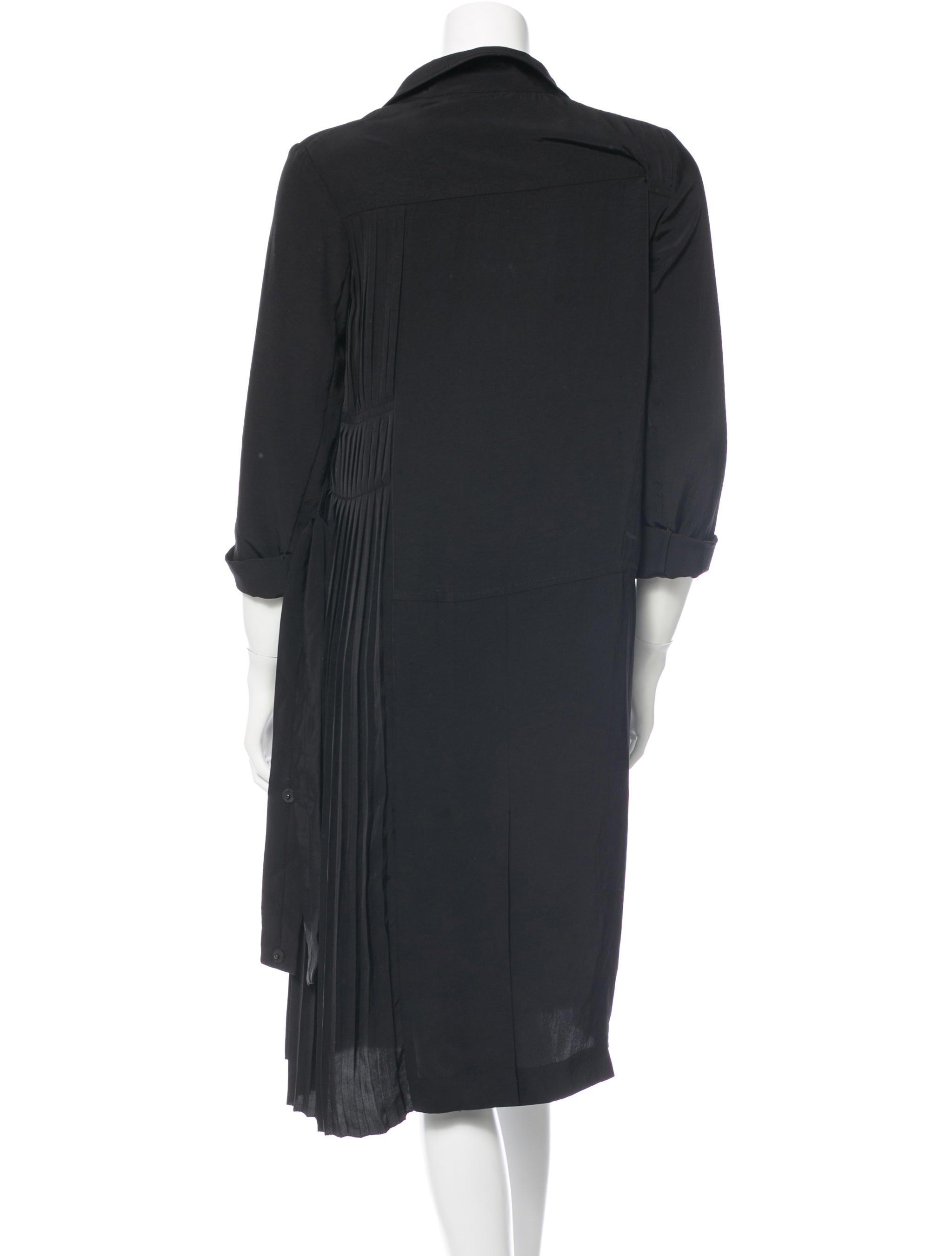 Prada pleated shirt dress clothing pra90161 the realreal for Black pleated dress shirt