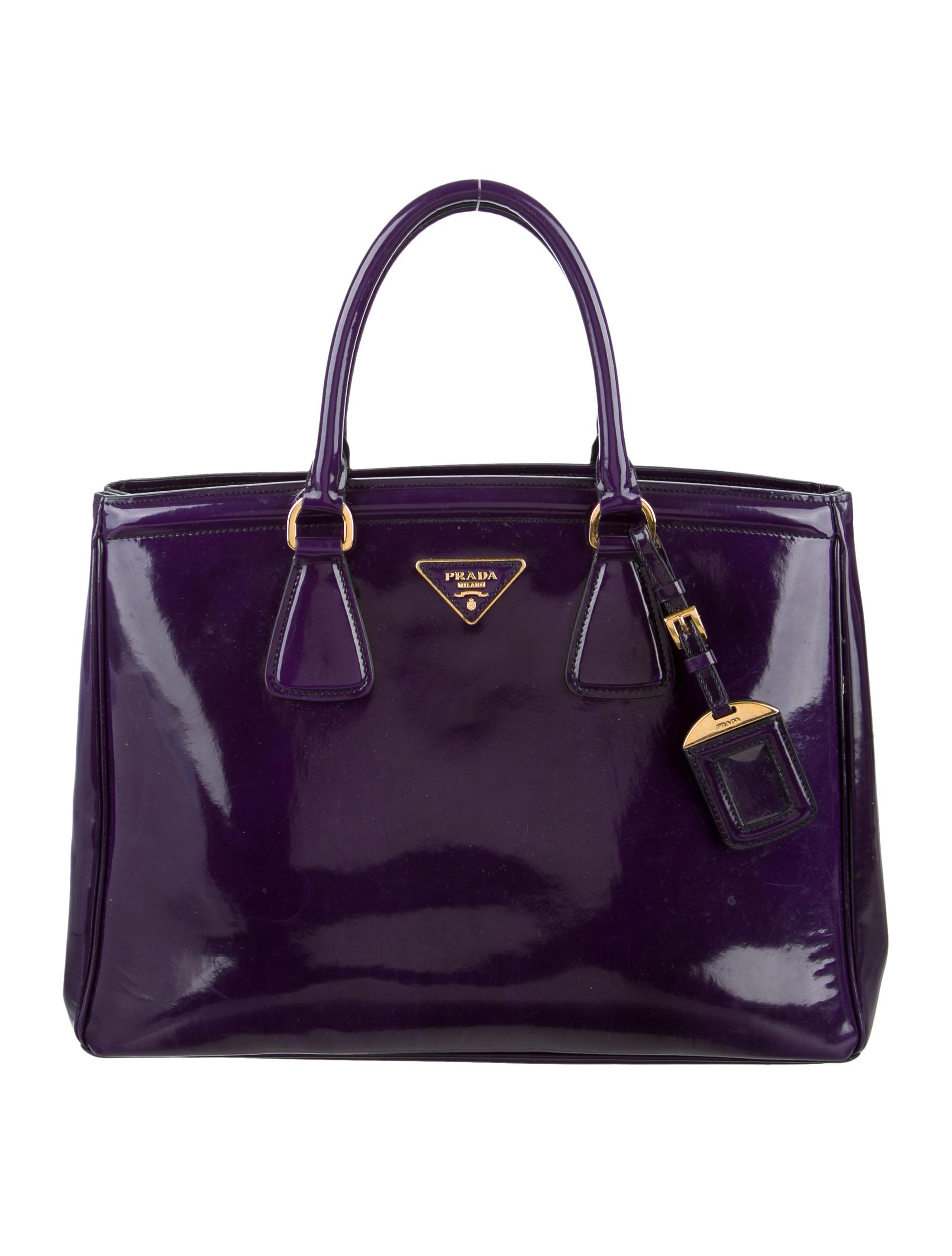a796bf6f61 Prada Spazzolato Parabole Tote - Handbags - PRA95475