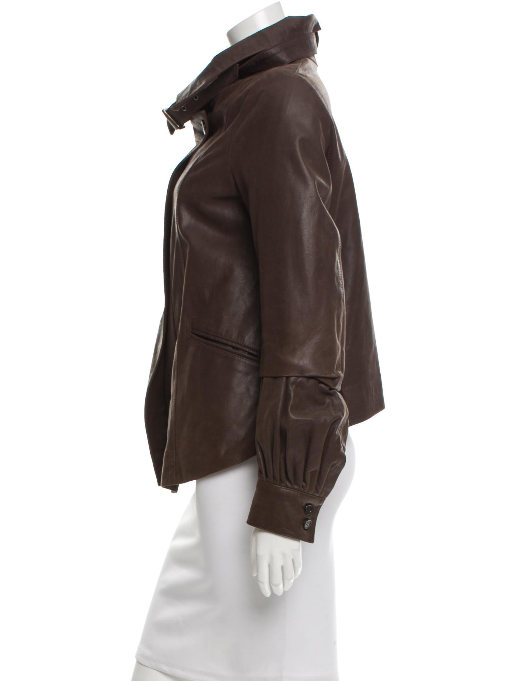 Buckle leather jacket