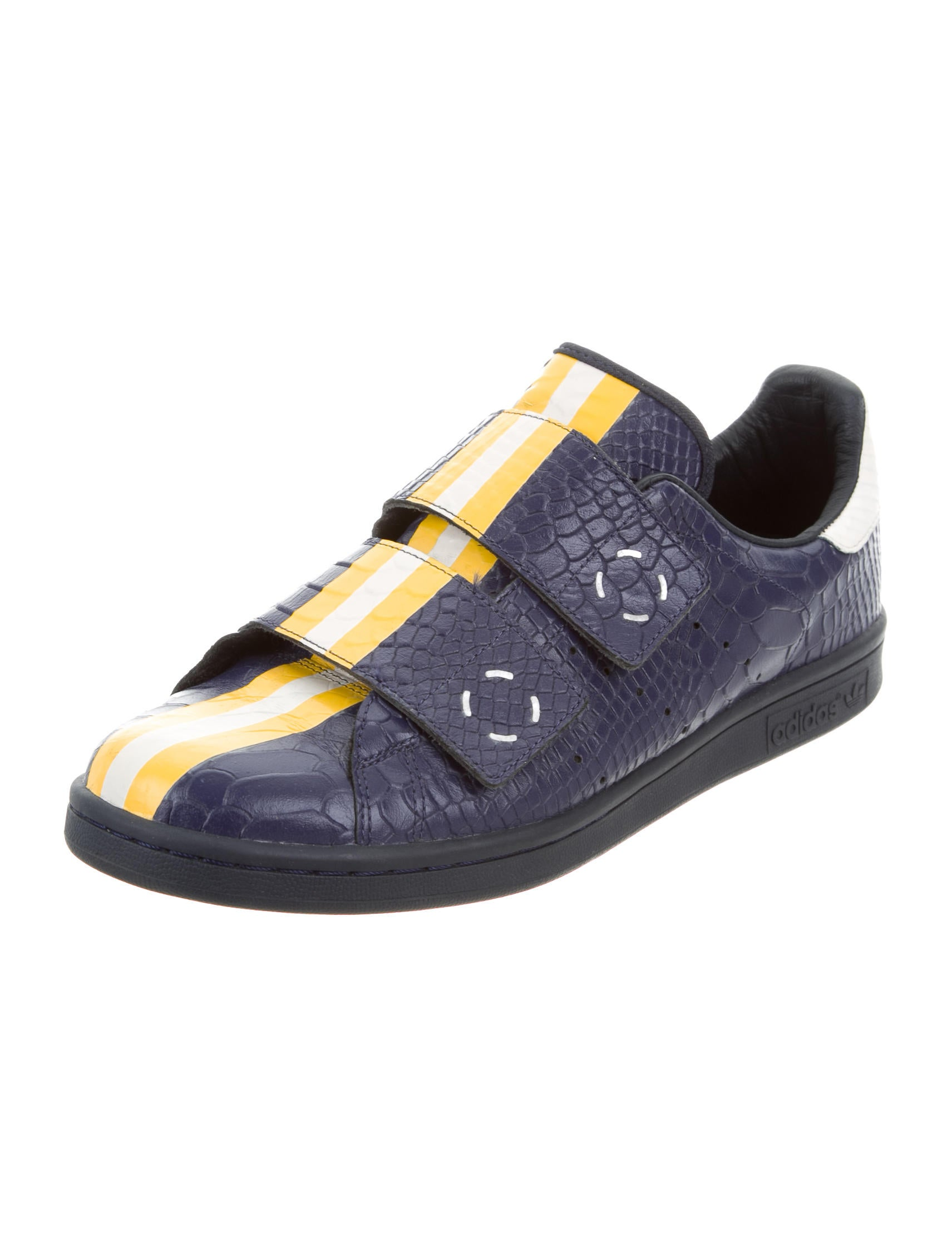 raf simons embossed leather sneakers shoes raf20410. Black Bedroom Furniture Sets. Home Design Ideas