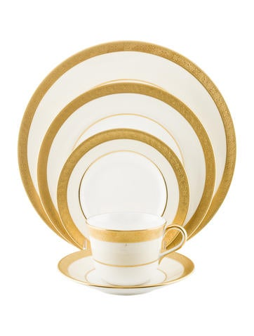 Royal Crown Derby Five-Piece Windsor Place Setting w/ Tags None