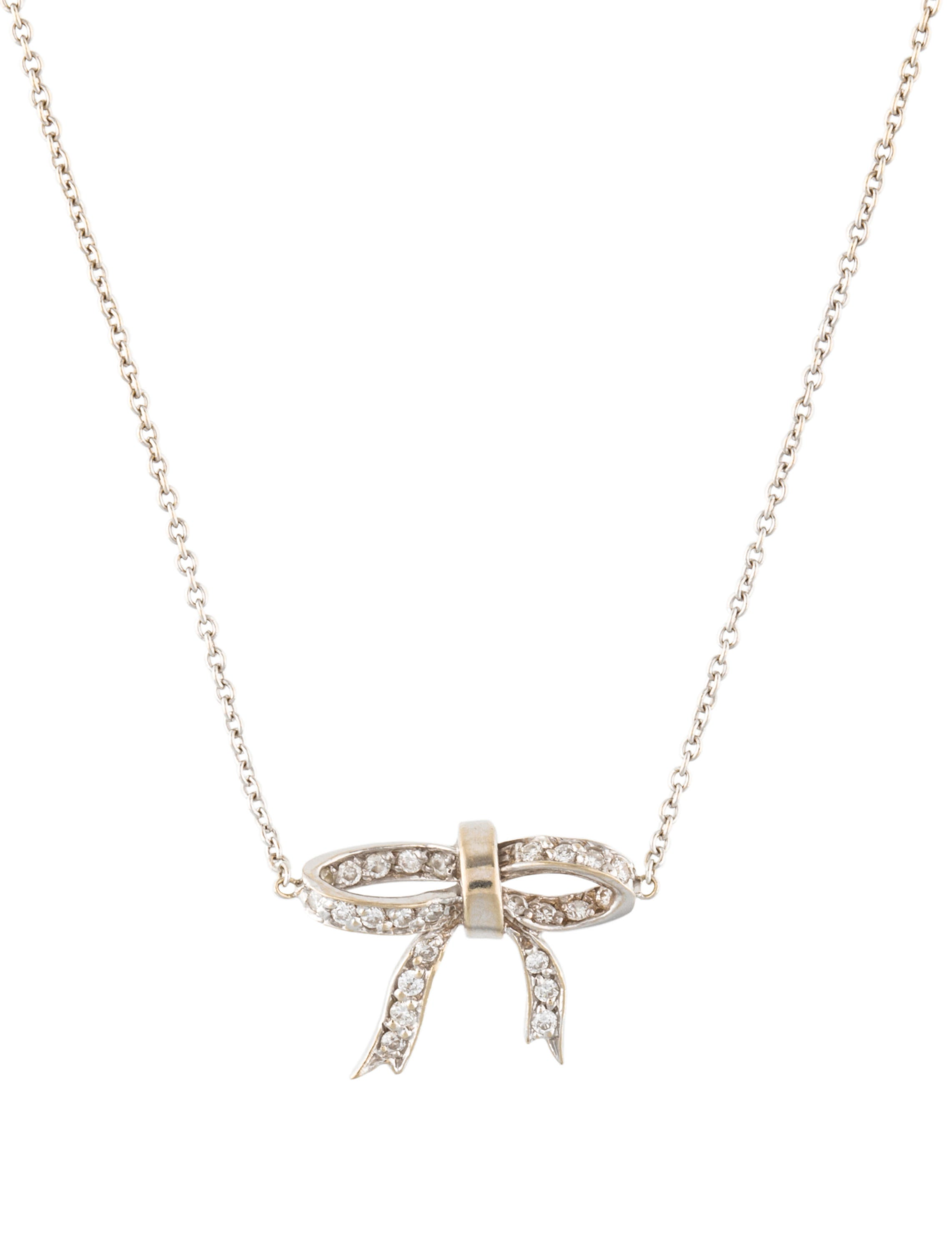 collections featuring necklace pendant a motif diamond bow graff