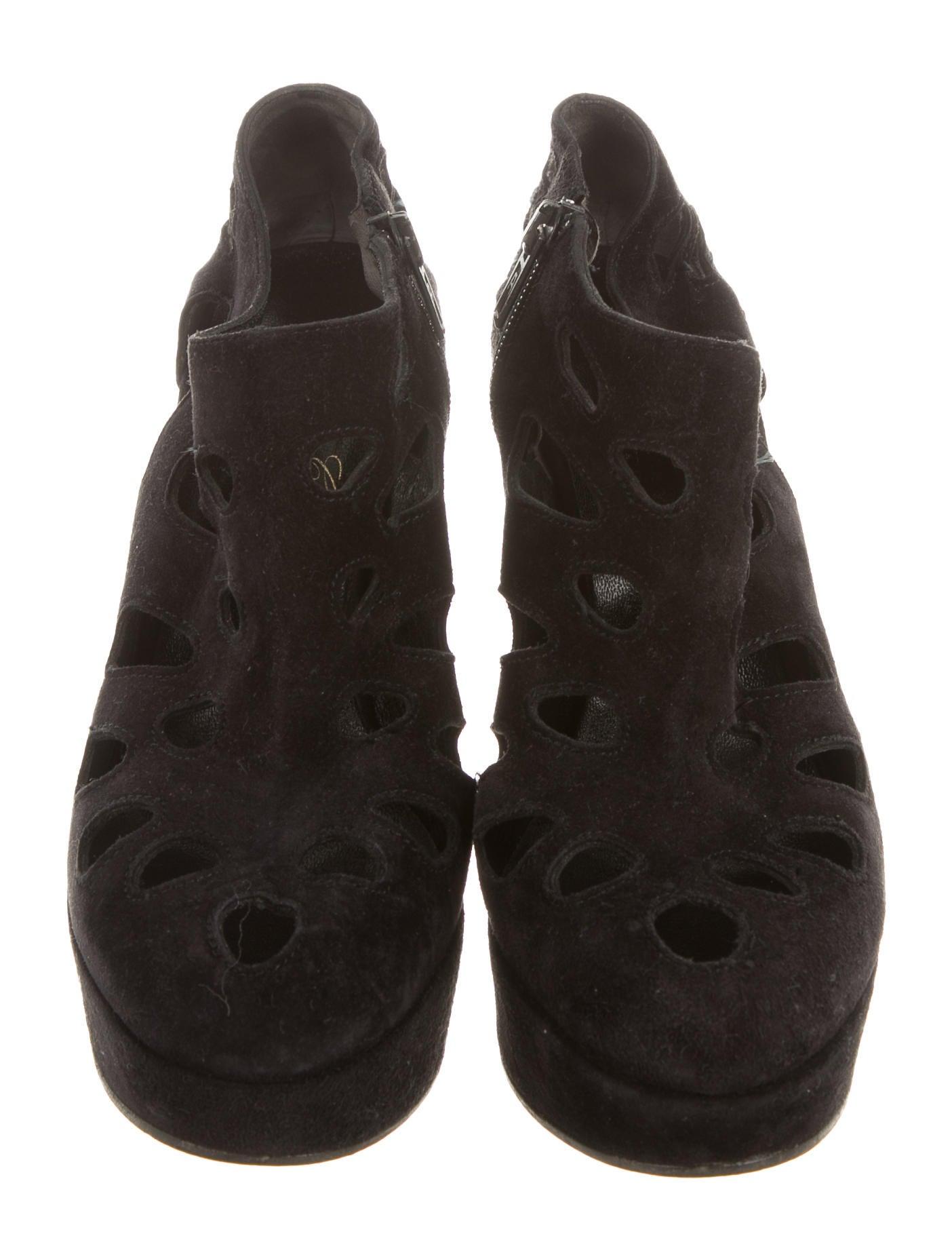 robert clergerie suede platform booties shoes rog23830