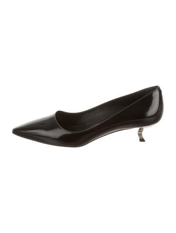 Roger Vivier Leather Pointed-Toe Pumps None