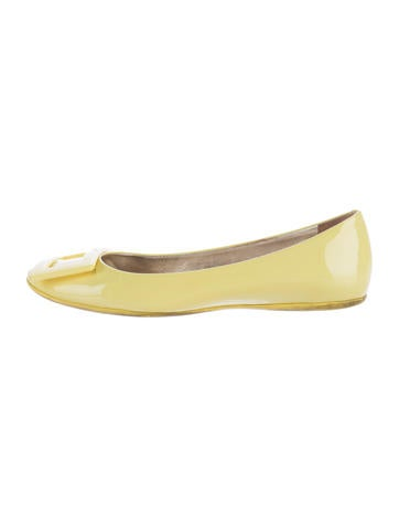 Roger Vivier Buckle-Accented Patent Leather Flats None
