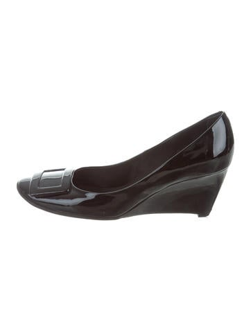 Roger Vivier Patent Leather Buckle Wedges None