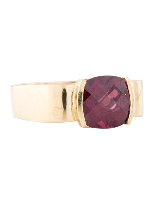 18K Garnet Cocktail Ring yellow