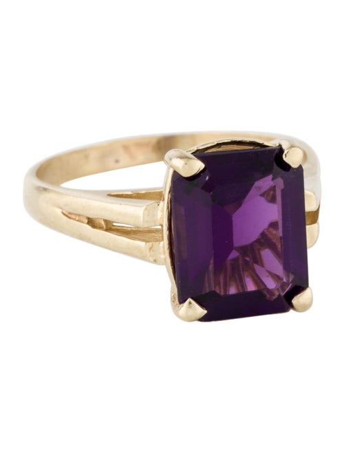 14K Amethyst Cocktail Ring yellow