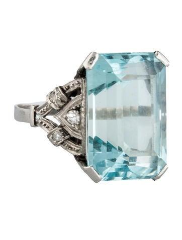 Aquamarine & Diamond Cocktail