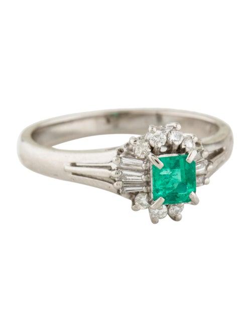 Platinum Emerald & Diamond Ring green