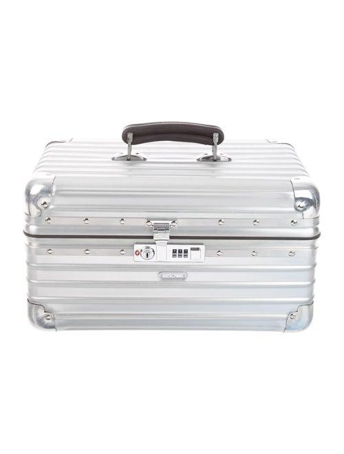 Rimowa Classic Flight Beauty Case Silver