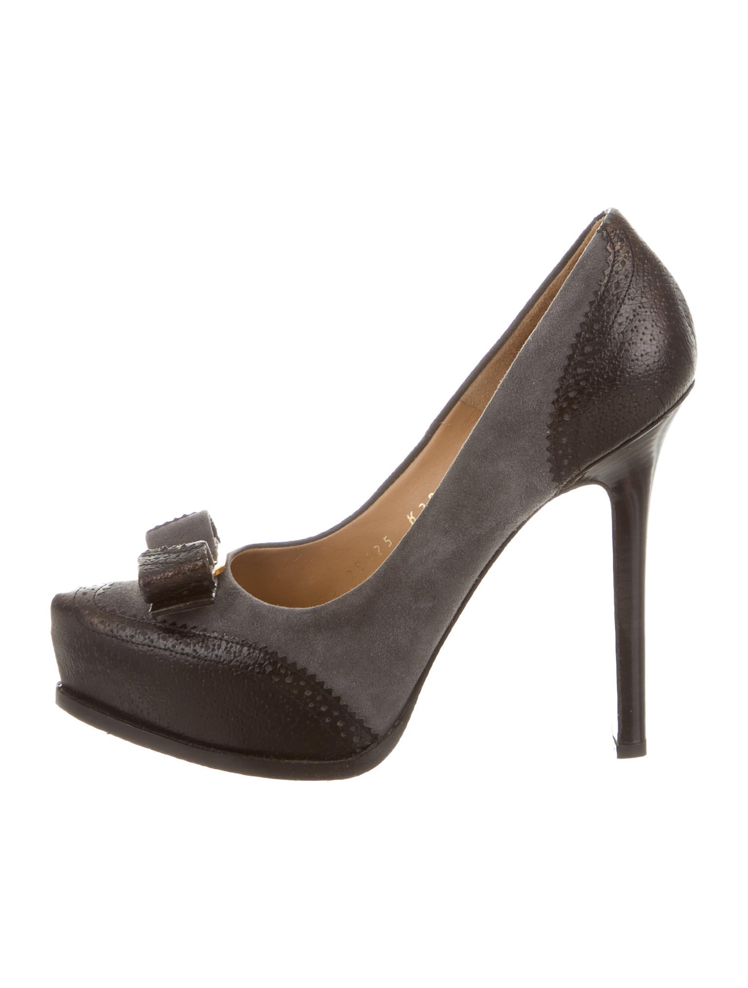 salvatore ferragamo suede platform pumps shoes sal38332 the realreal. Black Bedroom Furniture Sets. Home Design Ideas
