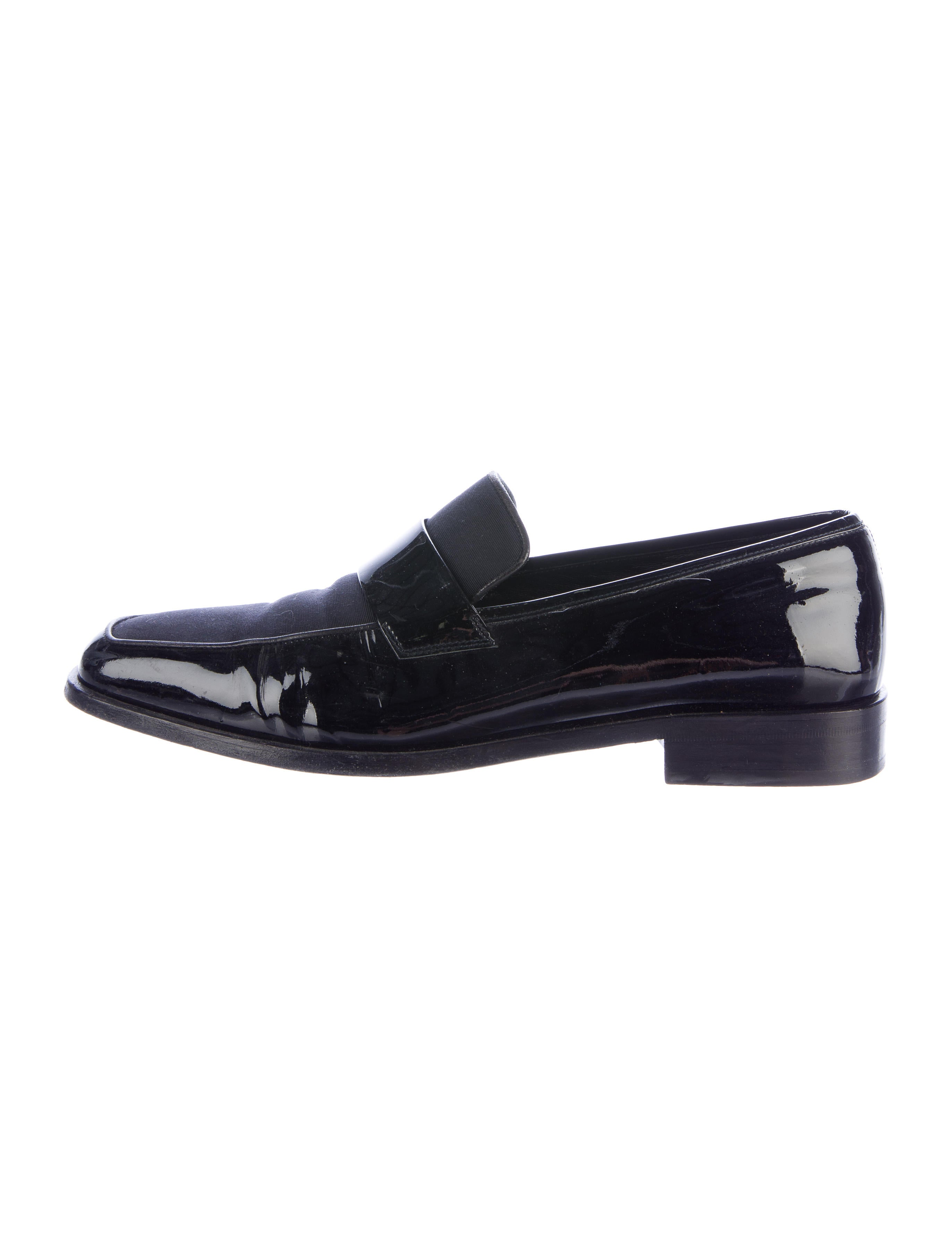 salvatore ferragamo patent leather dress loafers shoes