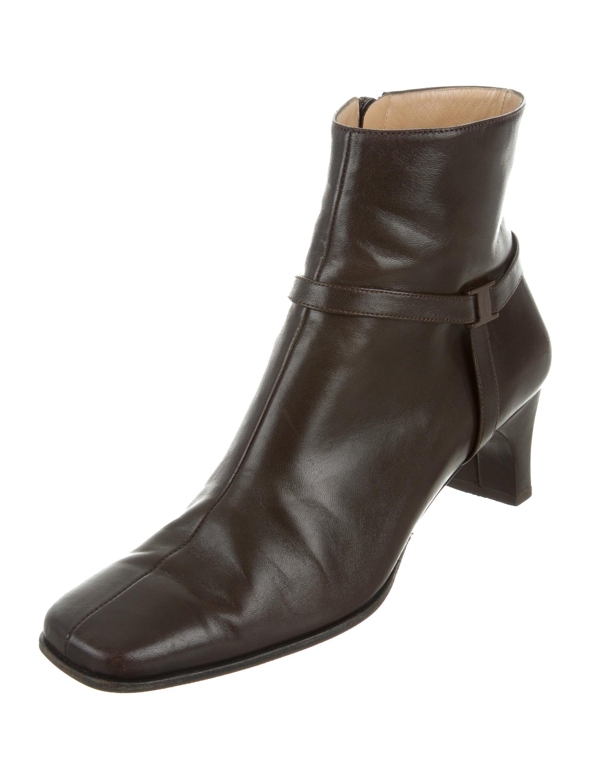 outlet for sale Salvatore Ferragamo Leather Square-Toe Boots exclusive online cheap purchase zZezLs4VsH