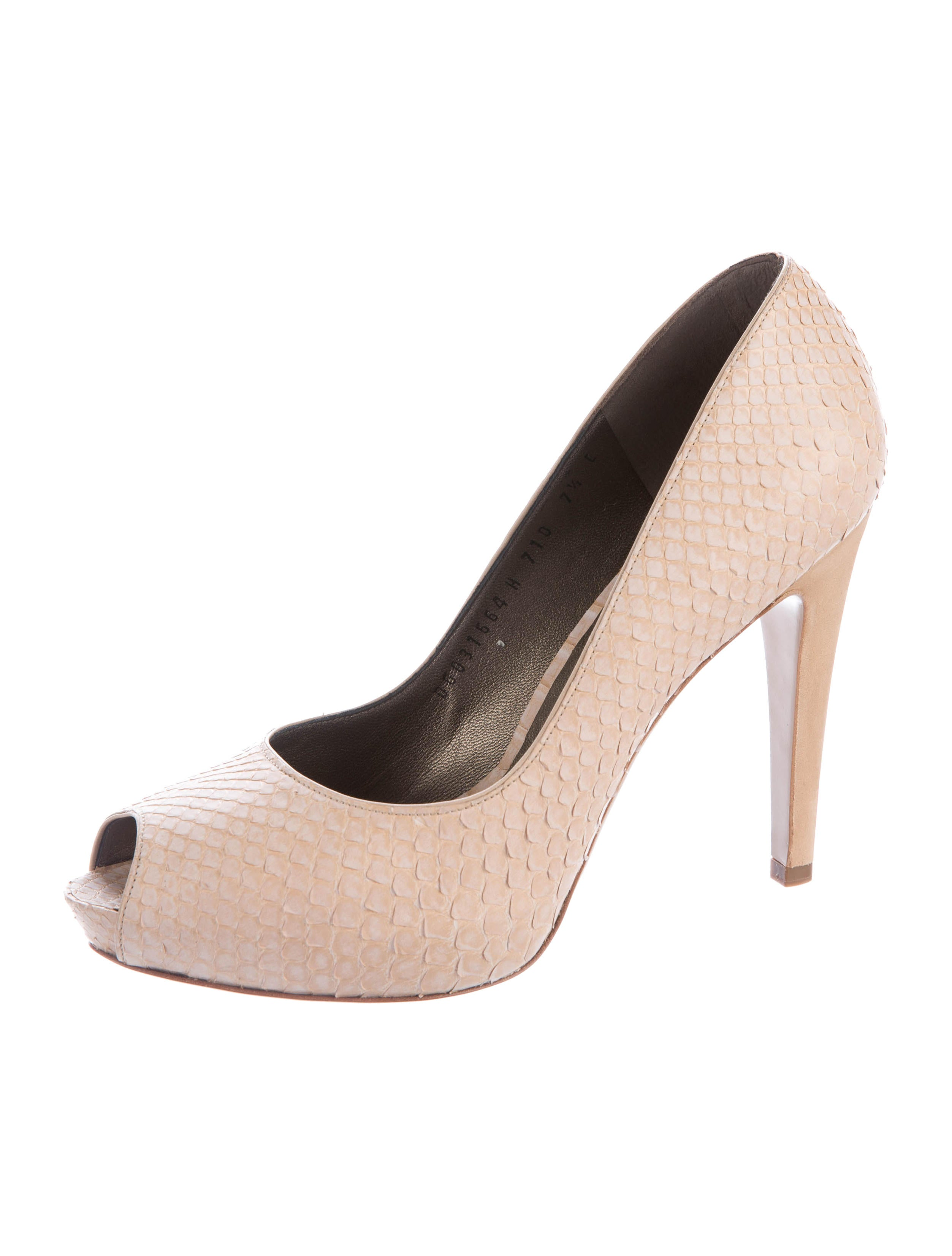 Salvatore ferragamo fish skin peep toe pumps shoes for Shoes with fish in them