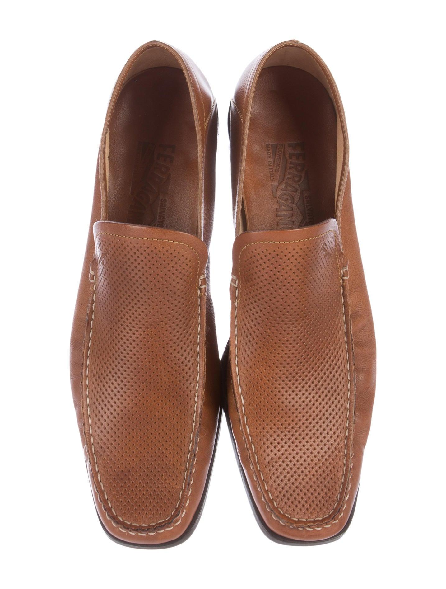 salvatore ferragamo leather dress shoes shoes sal47053