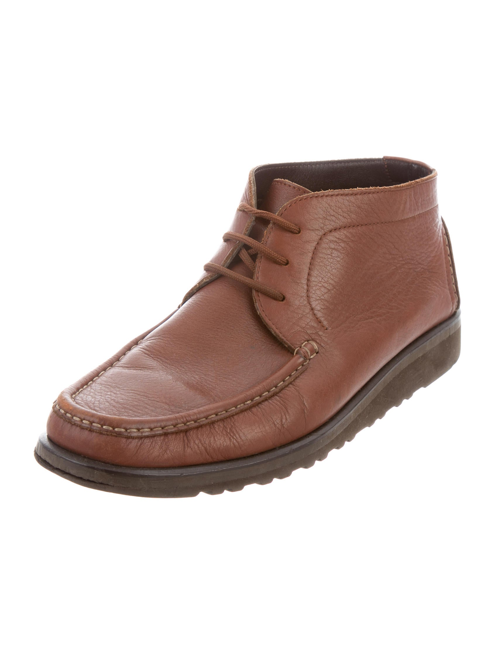 Shop Clarks Leather Desert Boots at East Dane, designer men's fashion. Fast free shipping worldwide!