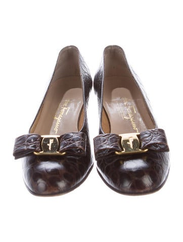Vintage Ferragamo Women S Shoes Embossed Leather