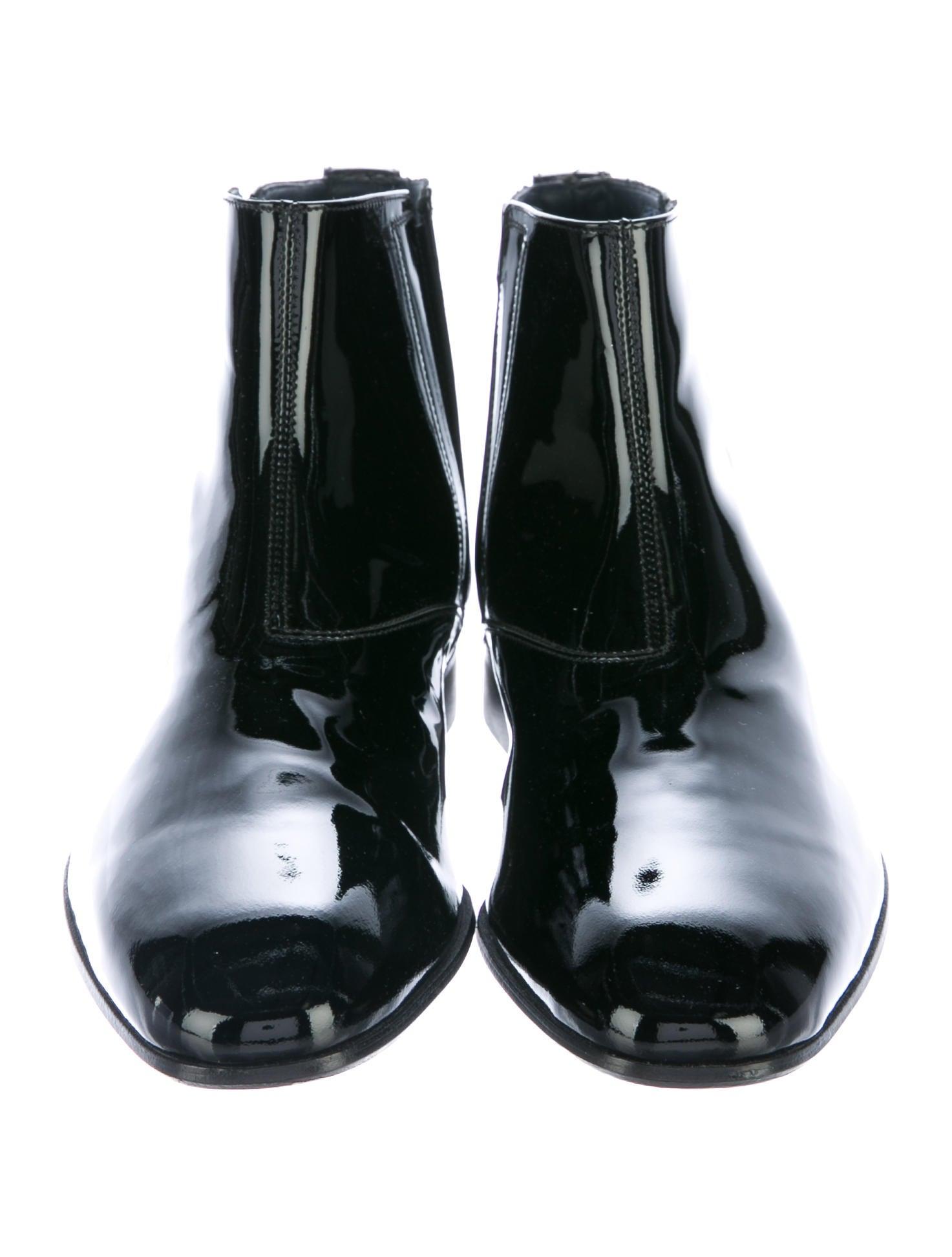 salvatore ferragamo mister chelsea boots mens shoes