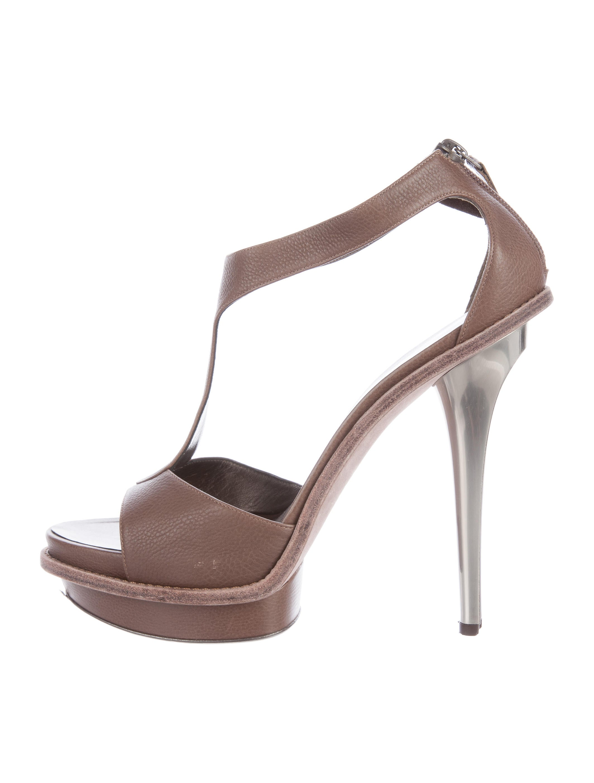 salvatore ferragamo t platform sandals shoes