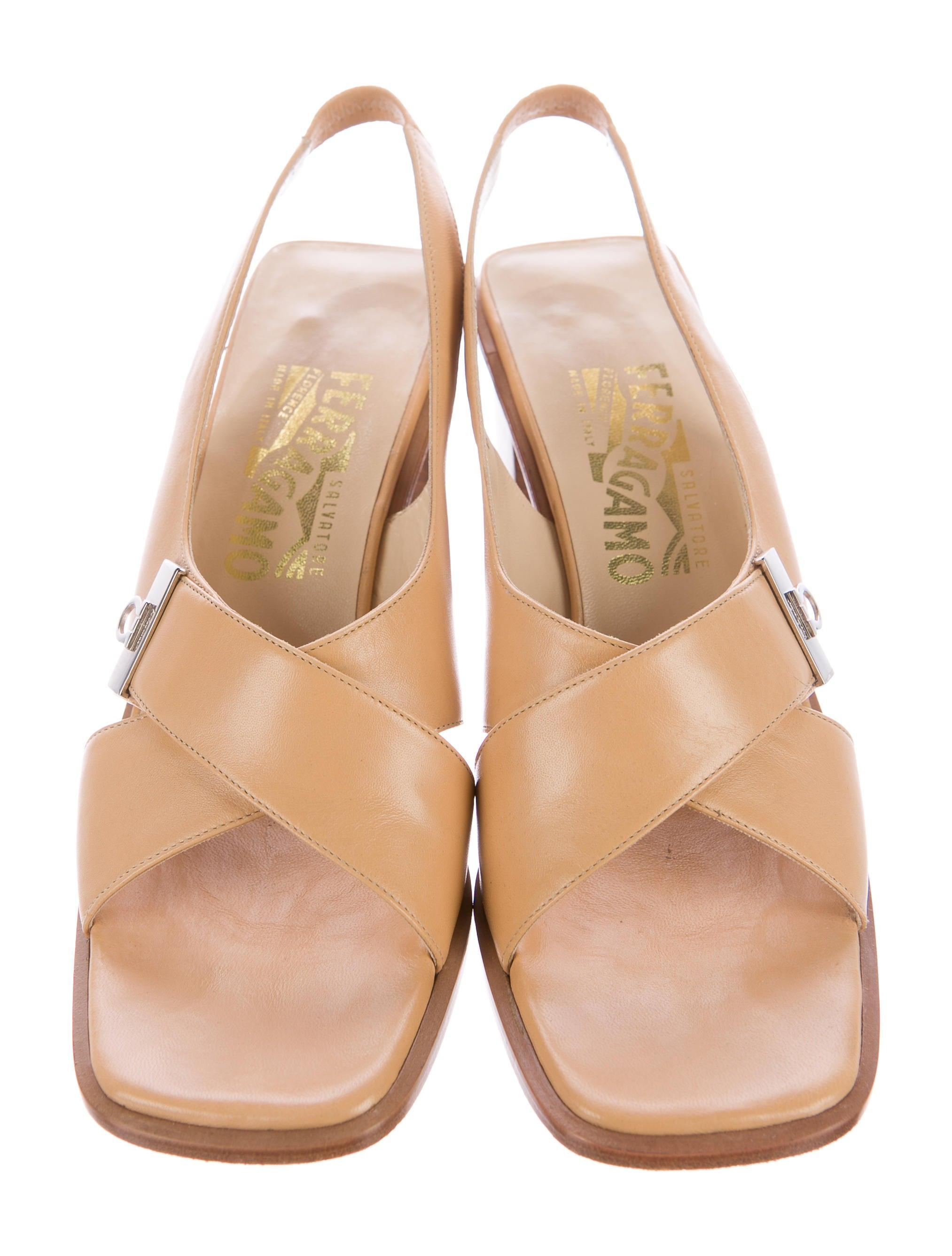 Ferragamo Leather Shoe Women